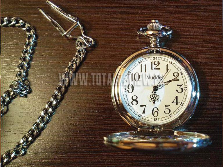 ¿Buscas un regalo para abuela de cumpleaños o Navidad? ¿Qué tal este reloj?
