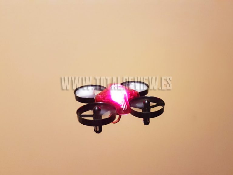 Prueba de vuelo y review final del ATX AT-66, un mini drone barato