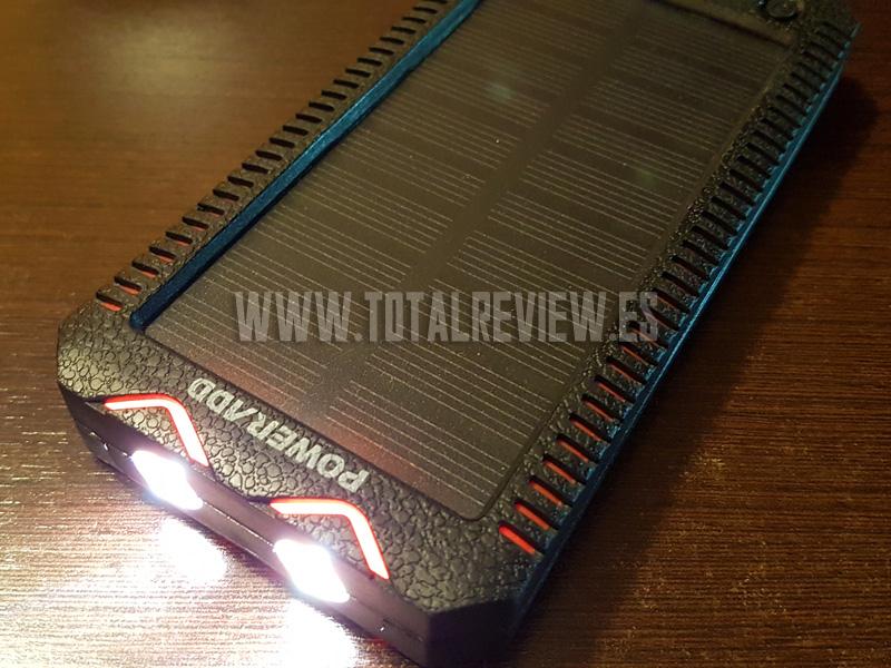Cargador solar portátil con linterna LED