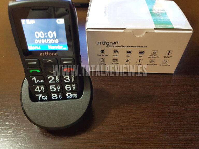 Teléfono móvil para mayores de Amazon Artfone: unboxing y review