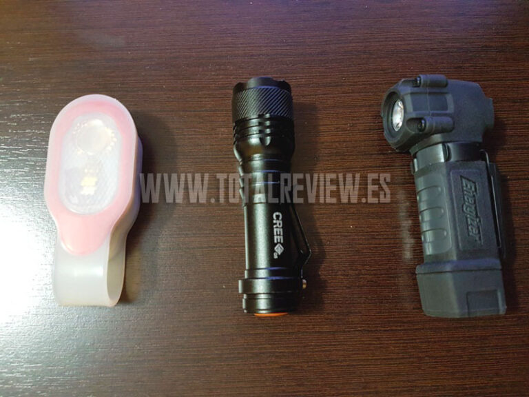 ¿Buscas una mini linterna LED potente en Amazon?