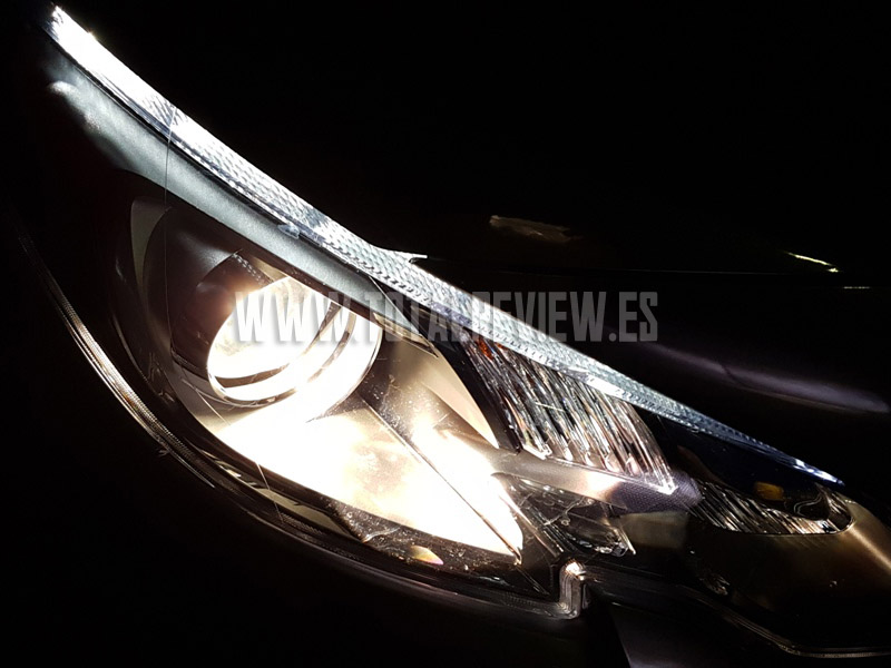 luces de coche Philips X-treme Vision de noche